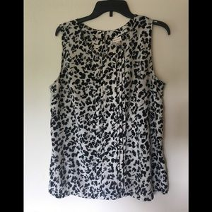 Merona black/white business blouse